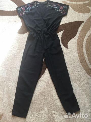 красное и черное аксессуары одежда