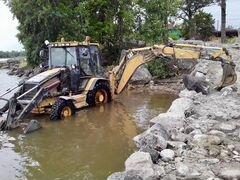 Ландшафтные работы. рытье канав и колодцев