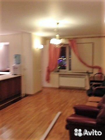 Продается трехкомнатная квартира за 4 850 000 рублей. Кемеровская область, улица Франкфурта, 2.