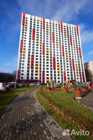 Продается трехкомнатная квартира за 16 200 000 рублей. Москва, Ярцевская улица, 33к2.