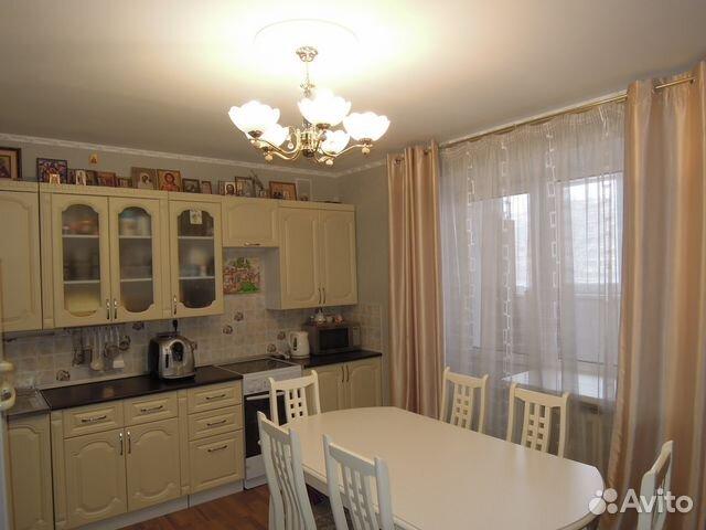 Продается двухкомнатная квартира за 3 820 000 рублей. Киров, Гороховская улица, 83.