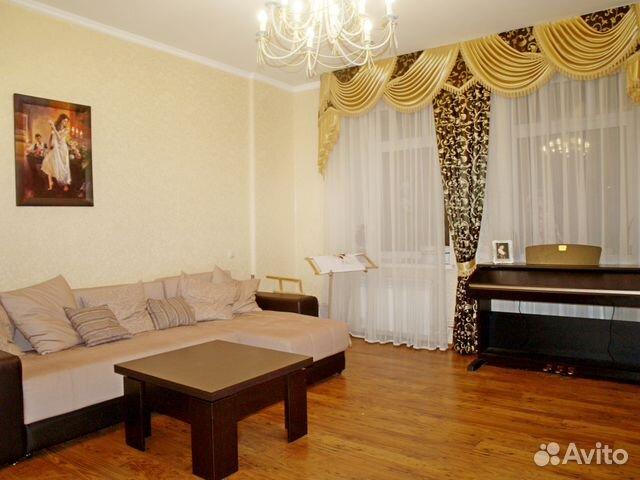Продается трехкомнатная квартира за 7 990 000 рублей. г Казань, ул Вишневского, д 3.