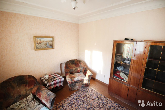 Продается трехкомнатная квартира за 2 900 000 рублей. г Барнаул, ул Профинтерна, д 11.