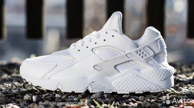 1d3c0e89 Nike air huarache белые купить в Москве на Avito — Объявления на ...
