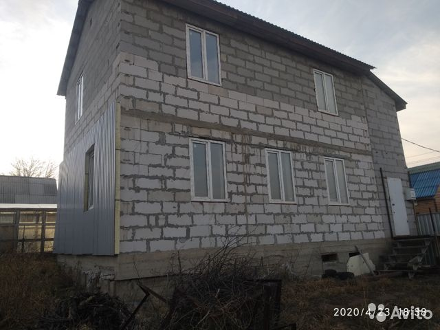 House of 100 m2 on a plot of 7 hundred. 89180327181 buy 1