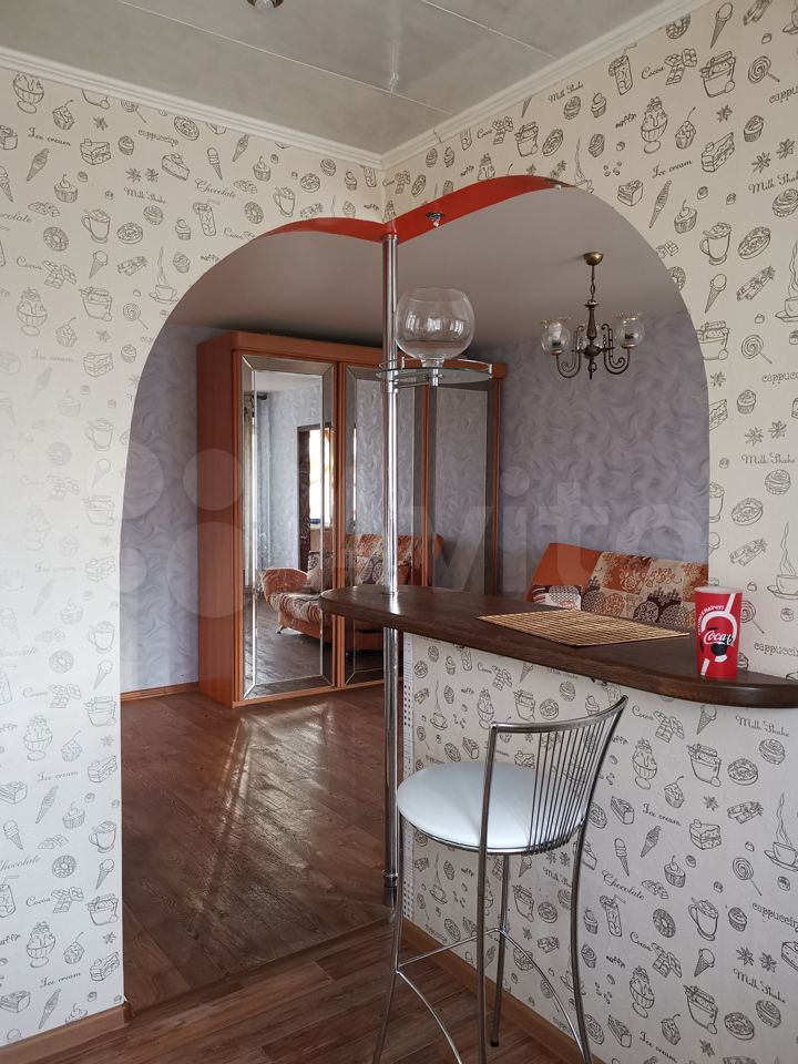 2-room apartment, 42 m2, 3/4 floor.  89612463011 buy 8